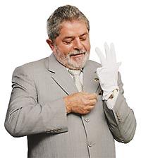 numa mão do Lula.